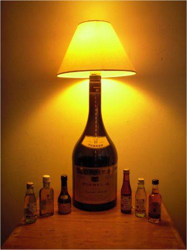 Reutilizar tarros y botellas de cristal l mparas con - Lamparas con botes de cristal ...